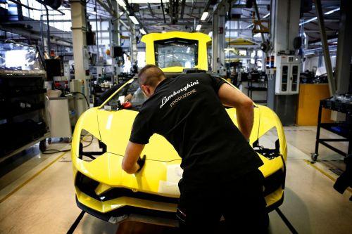 Из-за коронавируса на 2 недели закрыли завод Lamborghini