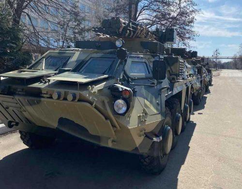 ВСУ получили партию новых БТР-4Е