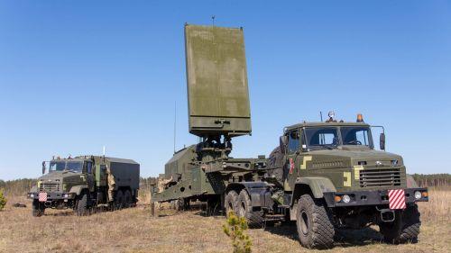 В Украине началось серийное производство отечественных контрбатарейных радаров «Зоопарк-3»