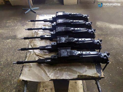 Украинские военные получили очередную партию БТР-4Е - БТР