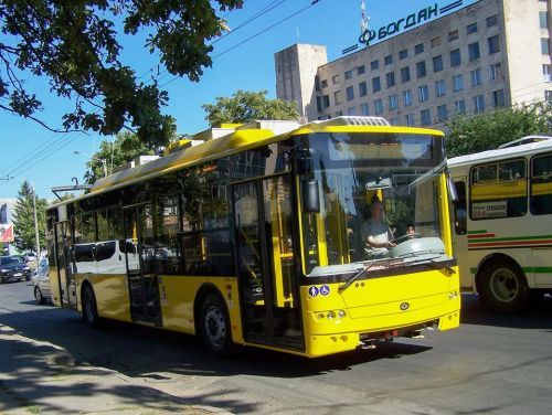 Автобусы и троллейбусы «Богдан» теперь будут выпускаться с системами обеззараживания и очистки