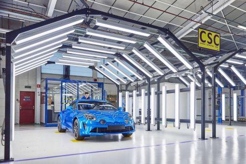 Renault готовится к масштабной реструктуризации в Европе и может закрыть 4 завода