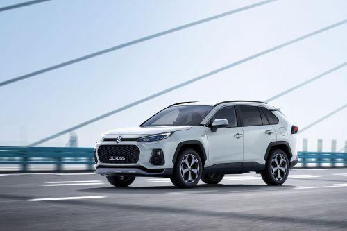 Suzuki начала выпускать полную копию Toyota RAV4