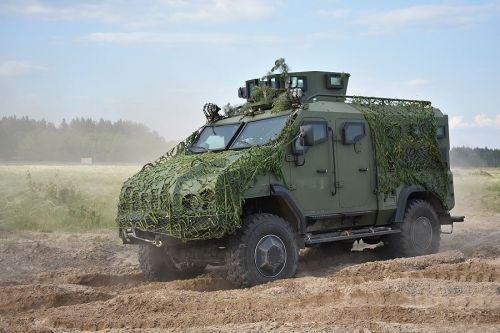 """Силы специальных операций получили на вооружение бронеавтомобили """"Варта"""""""