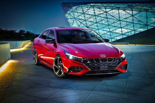 Hyundai активно развивает направление спортивных версий и представил Elantra N Line