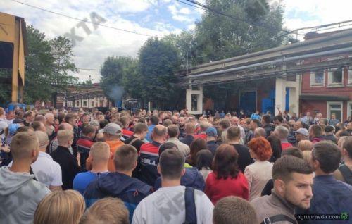 Завод МТЗ также забастовал
