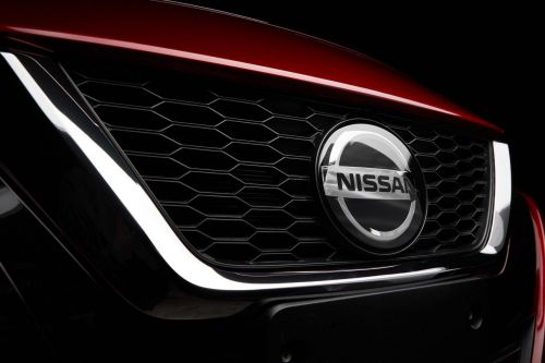 В Японии заговорили об объединении Nissan и Honda - Nissan