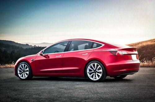Tesla анонсирует доступный электромобиль для Европы