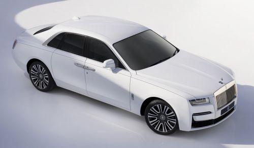Rolls-Royce Ghost второго поколения получил полный привод - Rolls-Royce