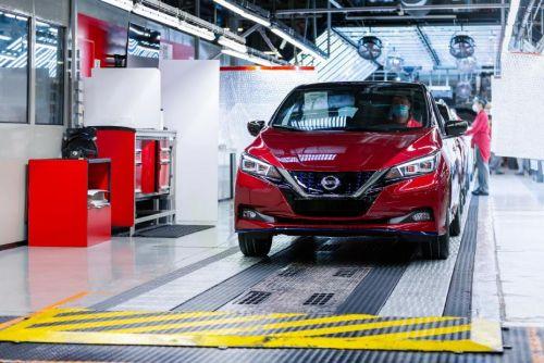Nissan уже выпустил 500 000 LEAF
