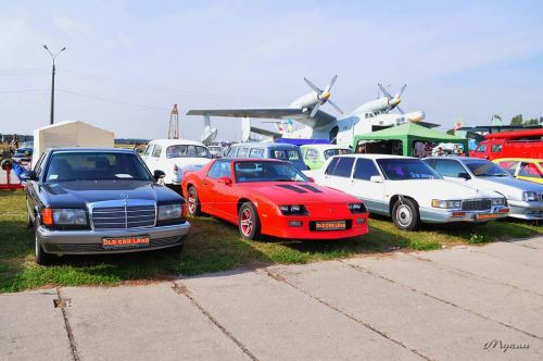 Стало известно какие автомобили и мотоциклы покажут на Old Car Land 2020