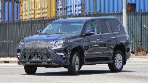 Стало известно как будут называться новые модели Lexus