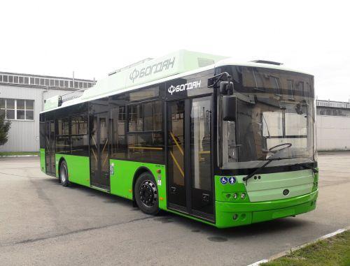 Харьков получил первый низкопольный троллейбус из партии в 49 шт.