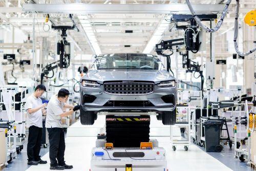 Geely построит новый завод для выпуска премиальных электромобилей - Geely