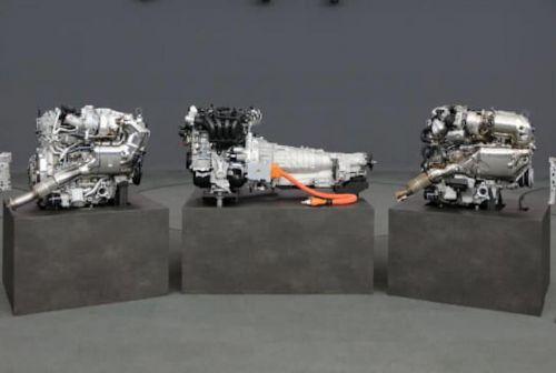 """Mazda показала свой будущий 6-цилиндровый двигатель и """"гибрид"""" - Mazda"""