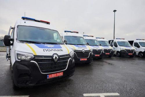 """Национальная полиция получила 30 автомобилей """"мобильного техосмотра"""". Что они будут проверять прямо на дорогах"""