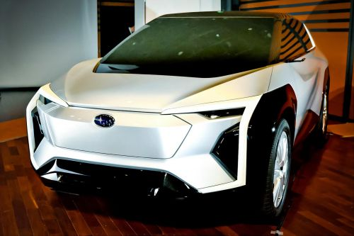 Каким будет первый электро кроссовер Subaru