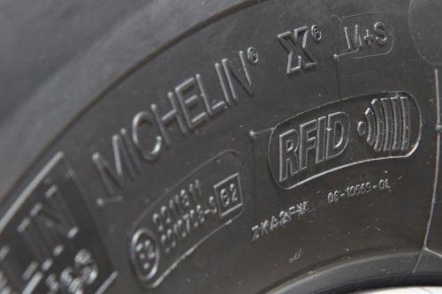 Michelin будет комплектовать 100% своих шин радио чипами. Что это даст?