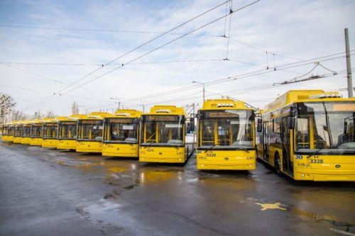 В феврале на маршруты Киева вышли 15 новых троллейбусов Богдан Т90117 - Богдан