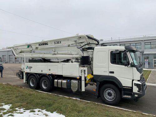Volvo поставила в Украину бетононасос на шасси FMX