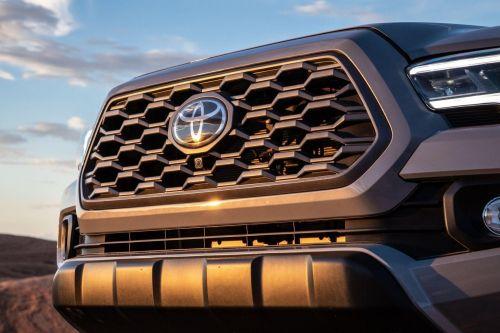 У Toyota появилось новое название для SUV