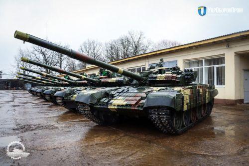 Львовский бронетанковый завод передал новую партию модернизированных танков - танк