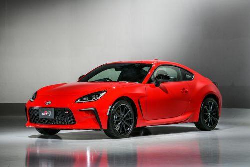 Toyota представила новое поколение купе GR 86