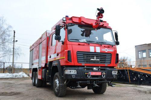 В Украине выпустили новый пожарный автомобиль для ликвидации масштабных пожаров - МАЗ