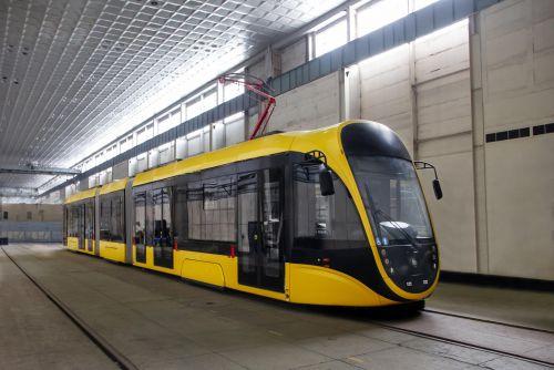 """""""Татра-Юг"""" проводит финальные испытания нового низкопольного трамвая для Киева"""