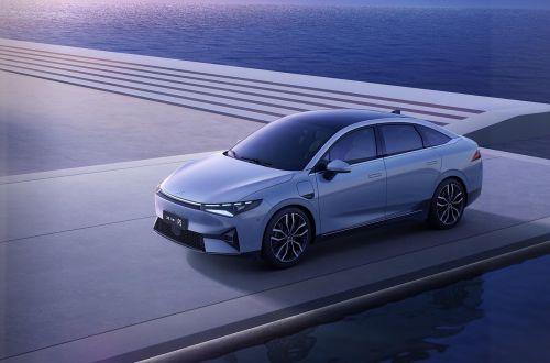 Китайская модель Xpeng P5 получила уже серийно самый продвинутый автопилот в мире - автопилот
