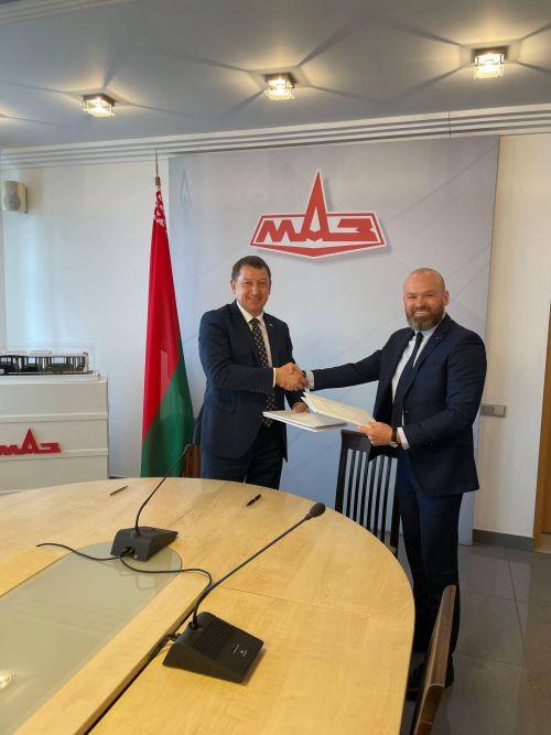 МАЗ и Hella движутся к созданию совместного предприятия по аккумуляторам