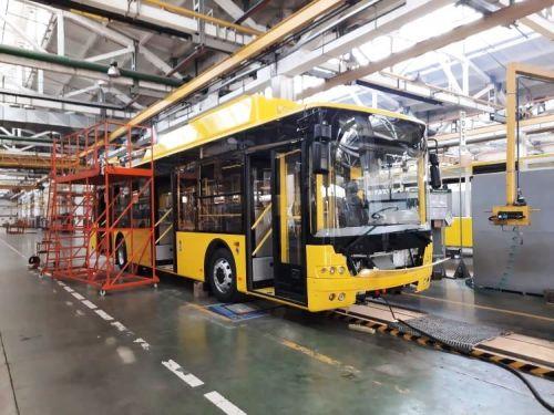 Луцкий автозавод начал отправку очередной партии троллейбусов Богдан Т70117 для Полтавы