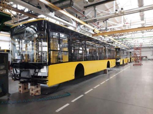 Луцкий автозавод начал отправку очередной партии троллейбусов Богдан Т70117 для Полтавы - Богдан