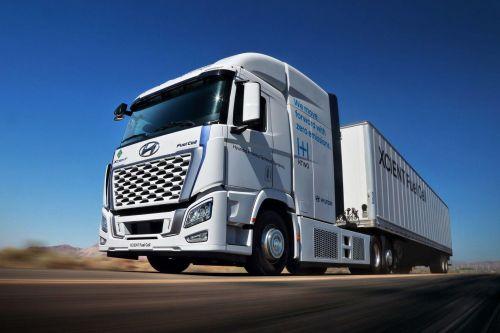 Hyundai готовится выпустить на дороги США 30 водородных грузовиков