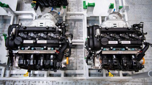 Hyundai открыла моторный завод в России - Hyundai