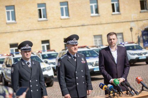 Полицейским передали еще 86 новых автомобилей Renault Duster - Renault