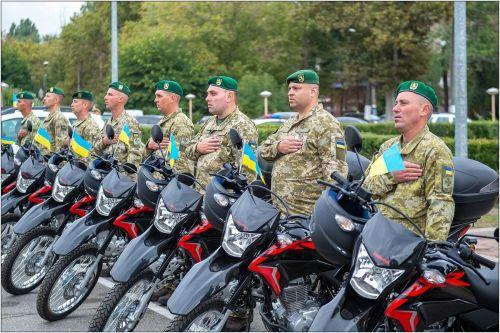 Одесские пограничники будут ездить на мотоциклах Honda