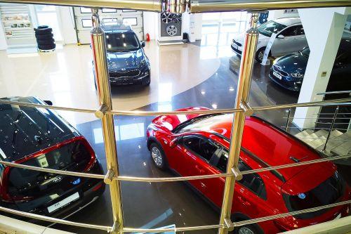 Дилеры прогнозируют, что цены на новые автомобили будут расти и дальше по 1-2% в месяц