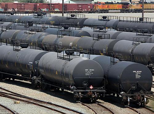 Подешевеет ли топливо на заправках в Украине? Мнение нефтетрейдера
