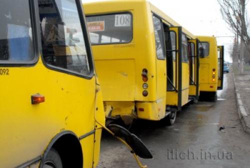 В Украине началась эпидемия воровства аккумуляторов с маршрутных автобусов