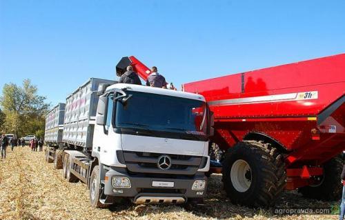 Запрет на летнее передвижение крупногабаритного транспорта может оставить Украину без урожая