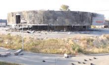 Автобизнес при ДНР. В Донецке полностью уничтожен салон Porsche