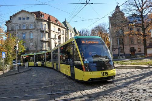 Львов закупит 10 современных 5-секционных трамваев