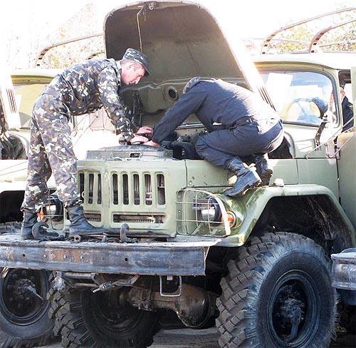 Кабмин изменил порядок привлечение транспортных средств и техники предприятий военная...
