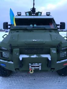 В канун Нового Года украинские силовики получили партию бронеавтомобилей КрАЗ Спартан - броне
