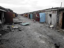 Автобизнес при ДНР: мародеры вскрыли все гаражи. Фото - Автобизнес при ДНР