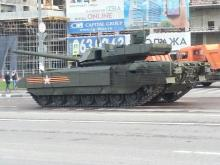 """Россия разместила заказ на 100 танков Т-14 """"Армата"""""""