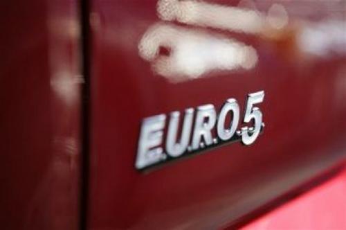 В техпаспортах начнут указывать экологический класс авто, а в правах - группу крови и согласие на донорство