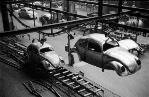 Рожденные в кризис: Легендарные бюджетные автомобили, которые появились в кризис - кризис