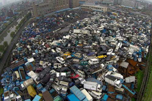 Россия намерена повысить утильсбор на автомобили